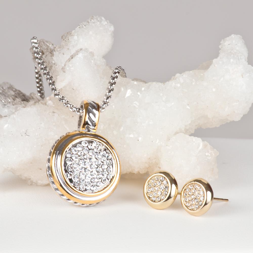 6f46f68cda1f Juego Medallon Dorado y Plateado con Cristales Swarovski Modelo S018